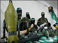 Militantes de Izzedine al Qassam, brazo armado de Hamas