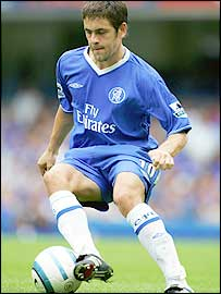 Chelsea playmaker Joe Cole scored the winner against Liverpool at Stamford Bridge on Sunday