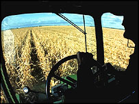 Corn harvesting in the US, USDA/Gene Alexander