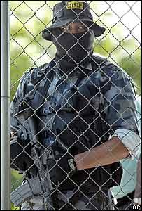 Polic�a venezolano