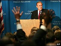 Donald Rumsfeld ante el Consejo de Relaciones Exteriores en Nueva York