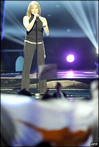 Lisa Andreas performing for Cyprus