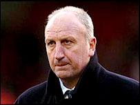 Barnsley boss Paul Hart
