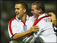 England strikers Michael Owen and Wayne Rooney