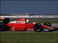 Andrea de Cesaris drives a Dallara Ford in 1989