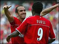 Paolo di Canio congratulates goalscorer Jason Euell