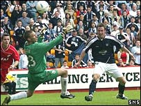 Steve Lovell crashed home the winner in the final minute