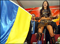Ukrainian Ruslana celebrates her victory