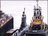 HMCS Chicoutimi docks at Faslane