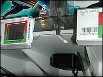 An RFID black box on a Gillette razor 'smart shelf'