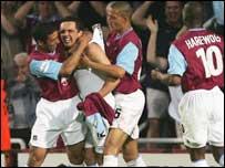 West Ham celebrate Etherington's goal