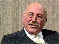 lionel jeffries biography