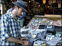 Lebanese vendor sells pirated CDs in Beirut