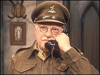 Arthur Lowe as Captain Mainwaring