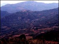 Vista de la Higuera (imagen cortesía de la Ruta del Che, copyright CARE 2004)
