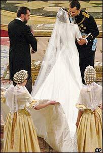 Crown Prince Felipe greets his bride
