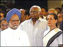 Manmohan Singh (left) and Sonia Gandhi