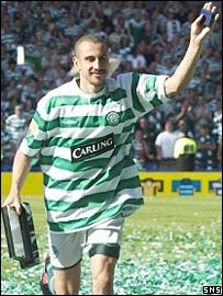 Henrik Larsson takes the plaudits at Hampden