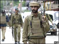 Soldier in Kashmir