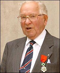 Veteran Alexander Barron