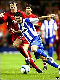 Liverpool's Dietmar Hamann and Deportivo's Albert Luque