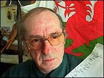 Dennis Coslett