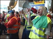 Protesters at Brussels airport