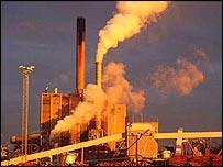 Swedish paper mill   WWF/Kjell-Arne Larsson