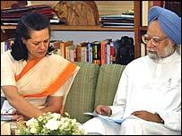 Congress president Sonia Gandhi and premier Manmohan Singh
