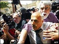Vanunu and Hounam
