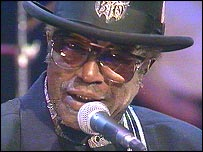 Bo Diddley performing in his late 60s