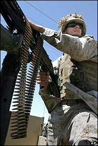 US soldier patrols in Iraq