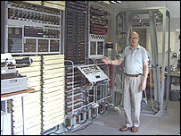 Tony Sale with Colossus Mk2 code-breaking machine (Copyright image: Tony Sale)