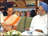 Sonia Ghandi y Manhoman Singh