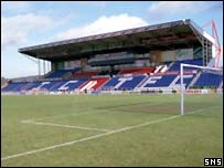 Caledonian Stadium does not meet SPL criteria