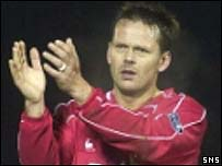 Former Aberdeen striker Scott Booth