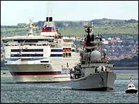 Flotilla en route to France