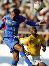 Pedro Brito Bubista of Cape Verde (left) and South Africa's Siyabonga Nomvete