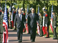 Jacques Chirac y George Bush