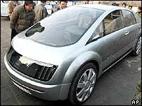 Автомобиль GM Hy-wire - прототип