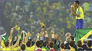 Brazil celebrate winning the 2002 World Cup