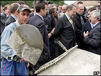 Javier Solana visits site of rebuilding