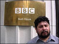 Jaime Huen�n en Londres.  Foto: Manuel Toledo
