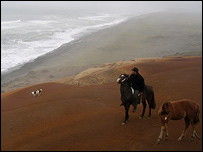 Joven mapuche cerca de Puerto Saavedra, Chile. Foto: Manuel Toledo