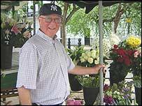 Maurice Osborne, flower seller on Kings Road, Chelsea, London