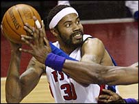 Rasheed Wallace scored 26 points for Detroit