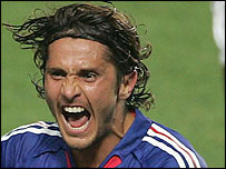 Bixente Lizarazu celebrates the France win
