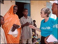 The UN's Carol Bellamy meets people in Darfur