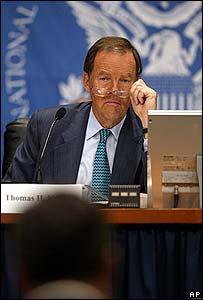 Thomas Kean, presidente de la comisión.