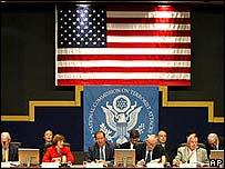 La comisión recoge los últimos testimonios en sus dos últimos días de audiencias públicas.